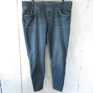 Torrid Pull On Skinny Jeans Ankle Crop